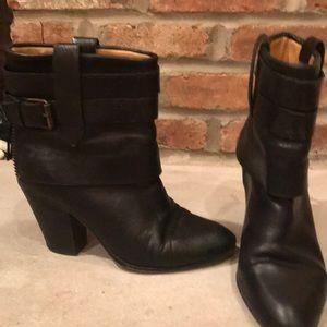 Nine West Howlin Bohemian Black Leather Boots 8.5